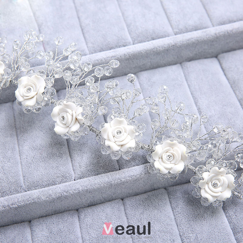 Wedding-Hair-Accessories-With-Flower-img-bridal-hair-accessories-1089