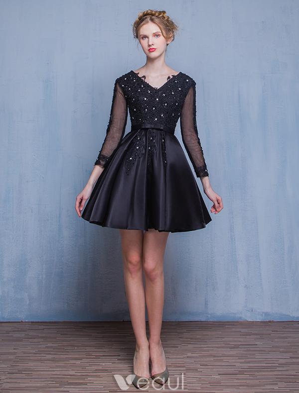 Beautiful Little Black Dresses 2016 A-line V-neck Applique Lace Black Satin Short Cocktail Dress With Sleeves