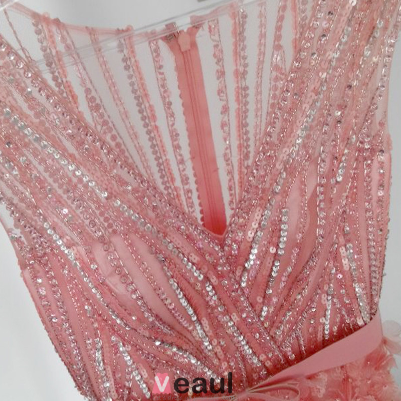 Luxurious A-line Deep V-neck Beaded Sequin Lace Flowers Tulle Evening Dress