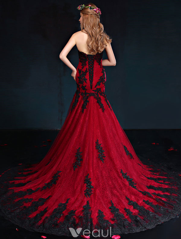 Mermaid Evening Dress 2017 Red And Black Lace Strapless Formal Gown