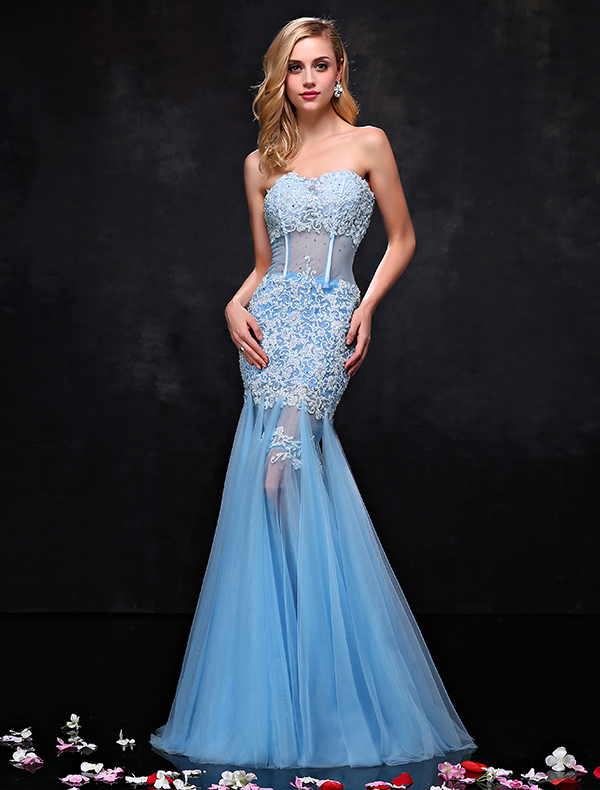 Sexy Sweetheart Sky Blue Evening Dress Applique Lace Pierced Mermaid Prom Dress