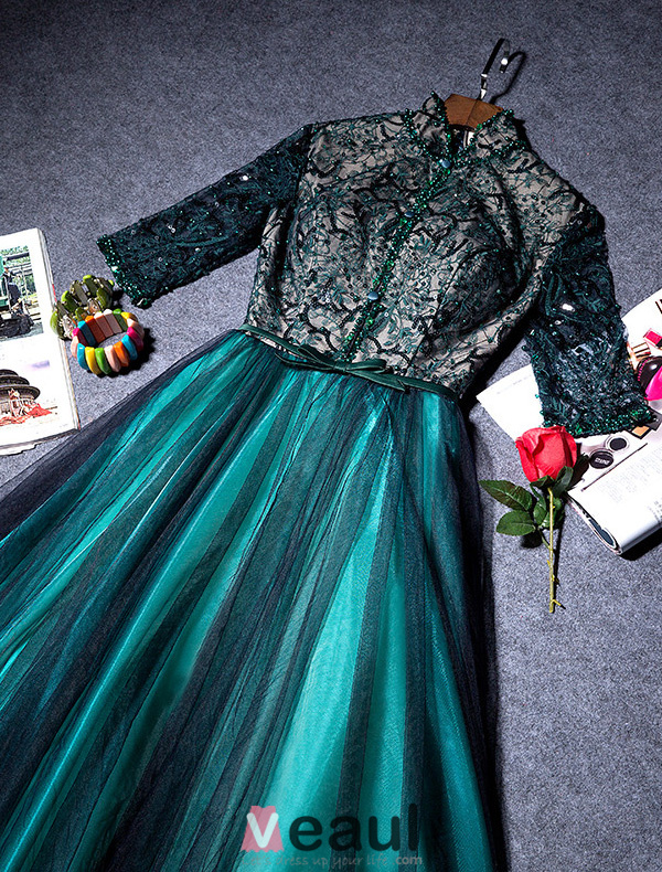 Vintage High Neck Evening Dress Beadding Sequins With Lace Backless Dark Green Tulle Long Dress