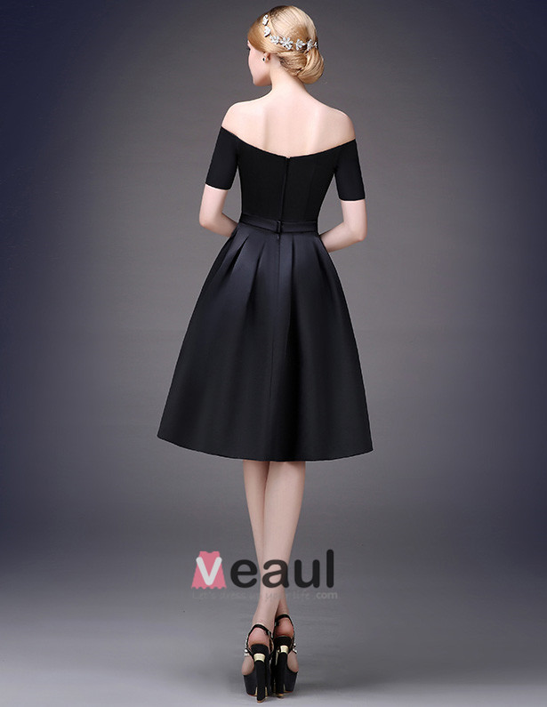 2015 Simple Sweetheart Neck Off The Shoulder Short Sleeves Knee Length Satin Party Dress