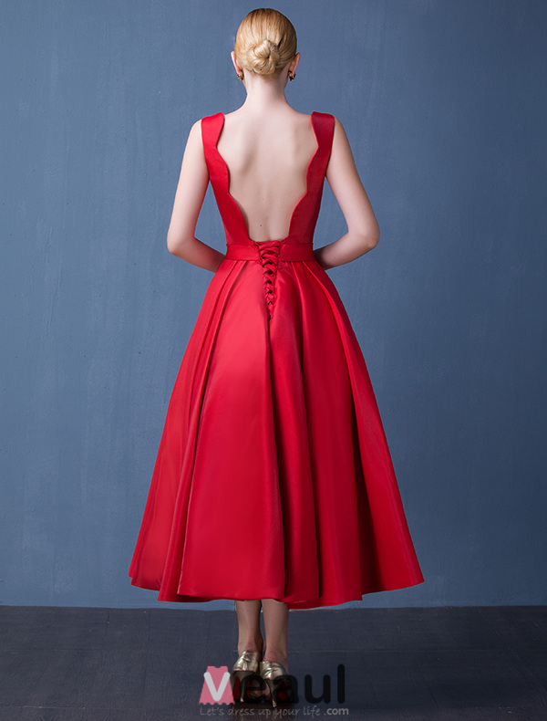 2016 Fashion Scoop Neckline Beaded Backless Red Thick Satin Party Dress With Sash