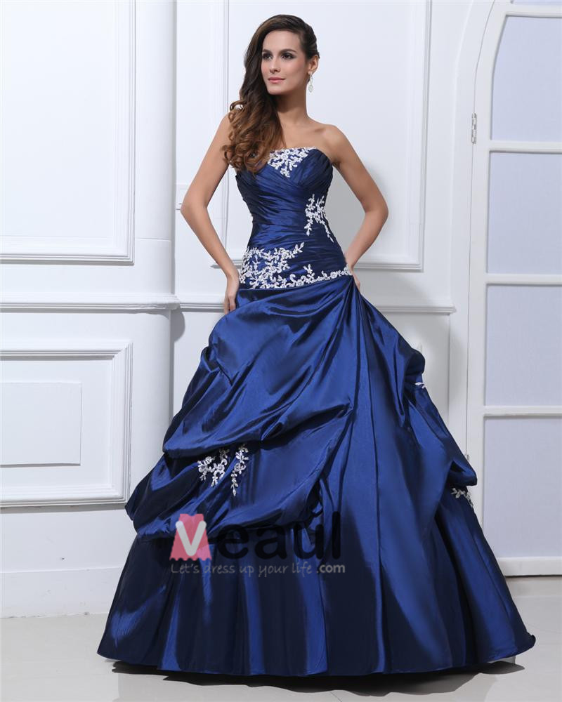 Prom dresses ball gown applique pleated taffeta beading strapless
