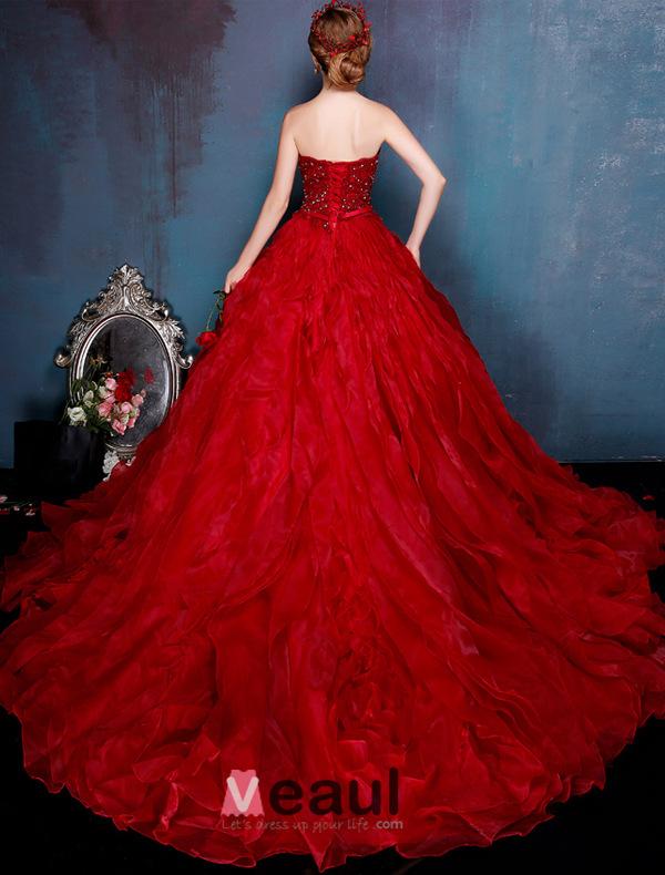 Elegant Burgundy Prom Dress Sweetheart Strapless Organza Ball Gowns