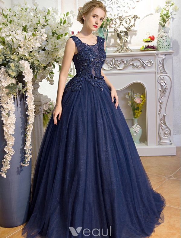 Stunning Prom Dresses 2017 Scoop Neck Applique Lace Beading Rhinestone Navy Blue Dress With Bow-knot