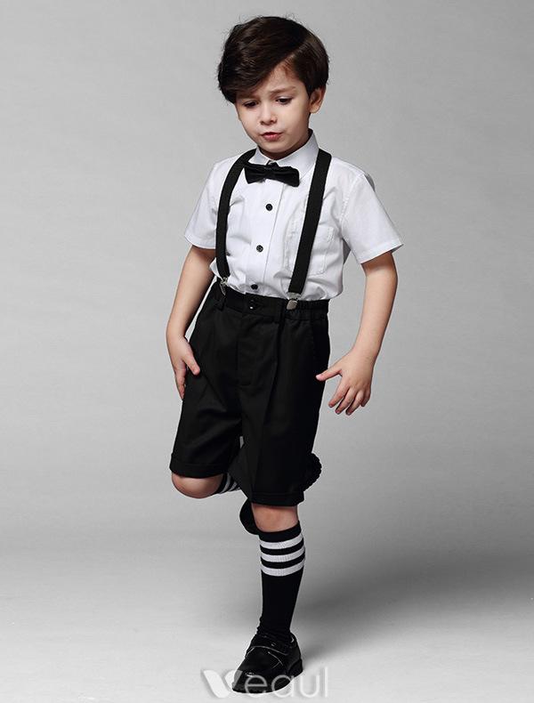 jungen wei es hemd mit schwarzen hosen klagen der kinder 4 s tze. Black Bedroom Furniture Sets. Home Design Ideas