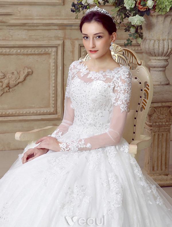 robe de mariage avec des manches id es et d 39 inspiration sur le mariage. Black Bedroom Furniture Sets. Home Design Ideas