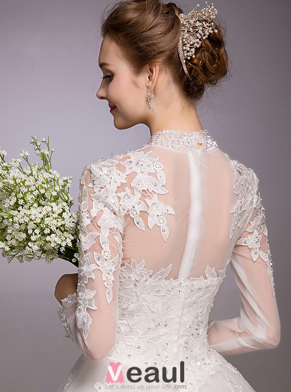 2016 Elegant A-line Sequins High Neck Applique Lace Backless Wedding Dress