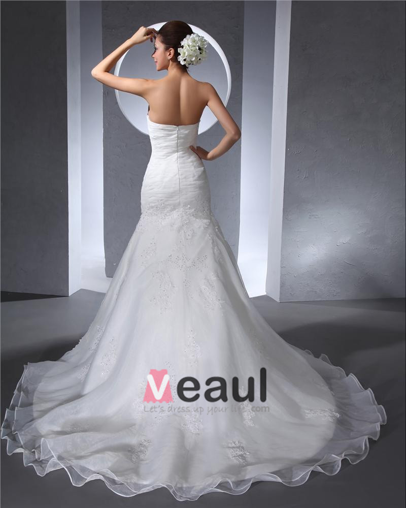 popular line pleated satin wedding dress