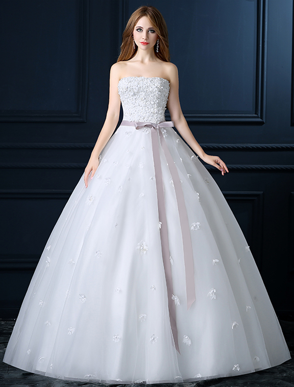 Beautiful Strapless Applique White Wedding Dress With bow Sash