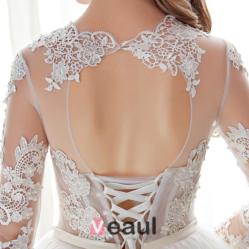 Elegant Lace Wedding Dress Scoop Neckline Pierced Bridal Ball Gown With Sash