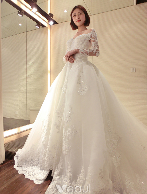 Luxury Bridal Gown 2016 Deep V-neck Lace Sequins Cardioid Backless Wedding Dress With Long Trailing