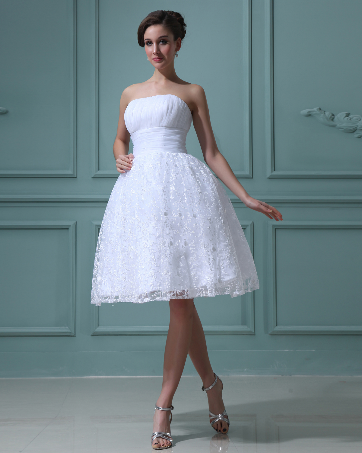 Lace Yarn Ruffles Strapless Short Mini Wedding Dresses