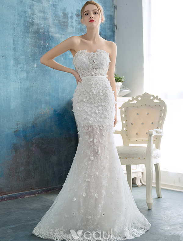 Stunning Beach Wedding Dresses 2016 Mermaid Strapless Applique Lace ...