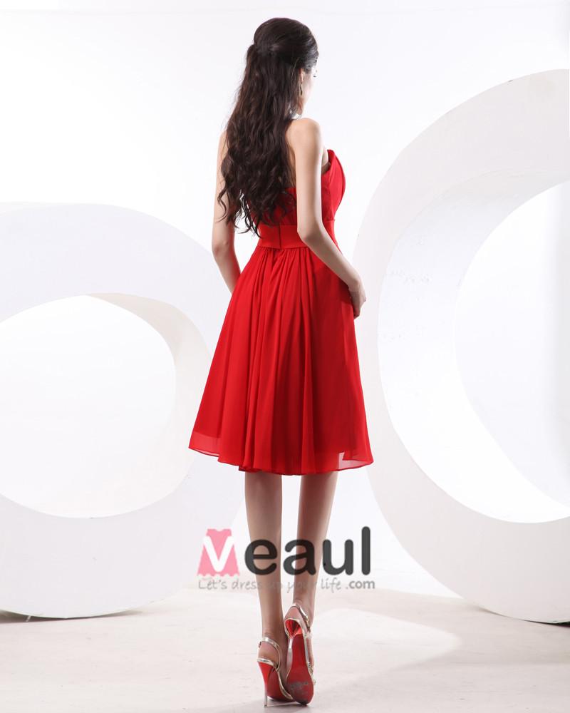 A-line Strapless Knee-Length Satin Chiffon Bridesmaid Dress