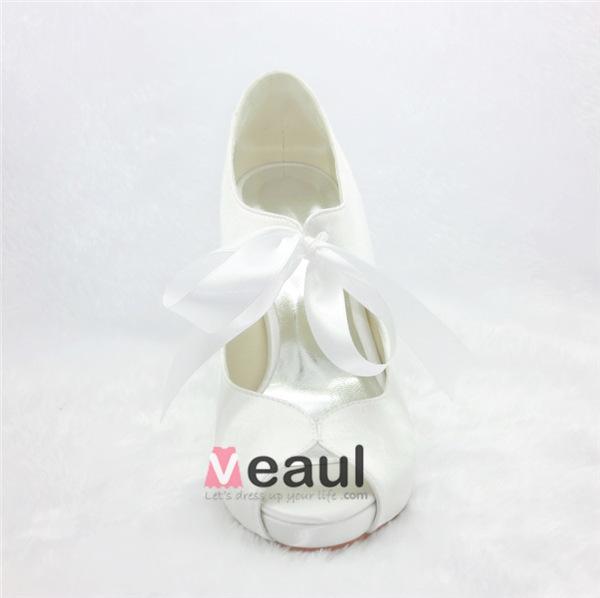 Beautiful Beige Party Shoes Satin Stilettos Pumps With Ribbon Tie