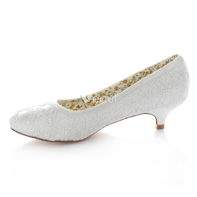 Beautiful Lace Bridal Shoes Kitten Heel White Pumps [411605002 ...