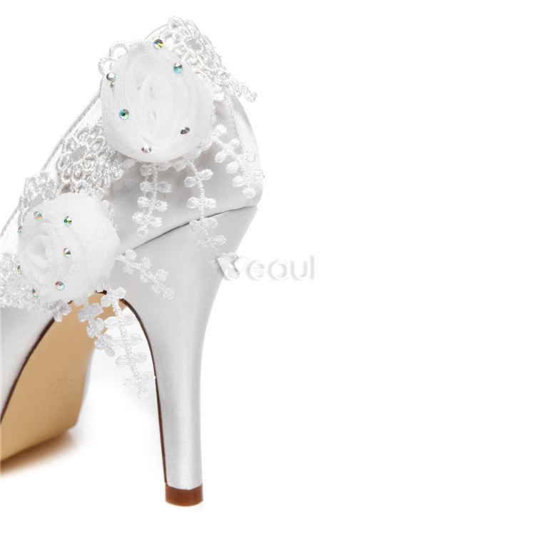 Beautiful Pumps White Wedding Shoes 4 Inch Stiletto Heels Bridal Shoes High Heels With Flower