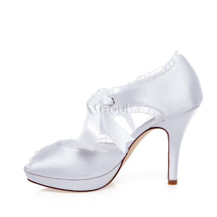 Beautiful White Bridal Sandals Stiletto Heels Peep Toe Wedding