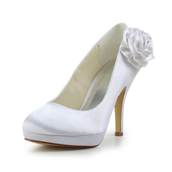 Beautiful White Bridal Shoes Satin Stilettos Pumps With Flower