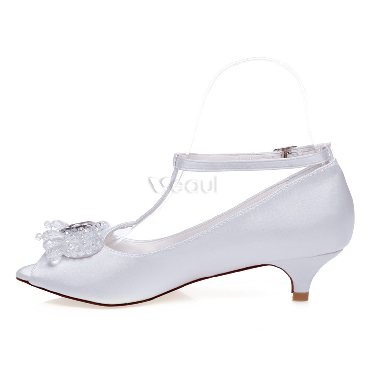 Beautiful White Wedding Shoes 2 Inch Kitten Heels Pumps Satin