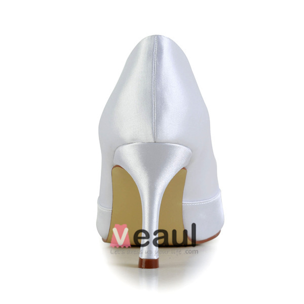 Classic Bridal Shoes White Satin Peep Toe Pumps With Handmade Flower