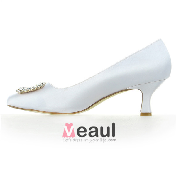 Classic Round Toe Mid Heels White Satin Pumps Bridal Wedding Shoes With Rhinestone