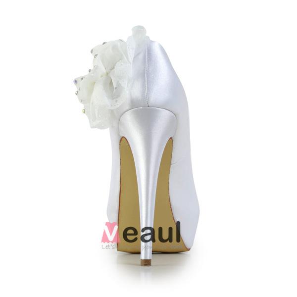 Elegant Bridal Shoes Satin Stilettos Platform Pumps With Rhinestone Flower