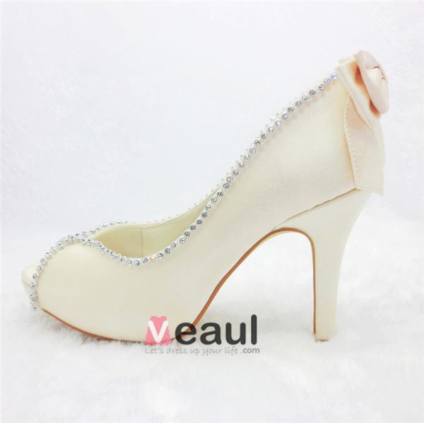Elegant Ivory Bridal Shoes Satin Peep Toe Pumps With Rhinestone
