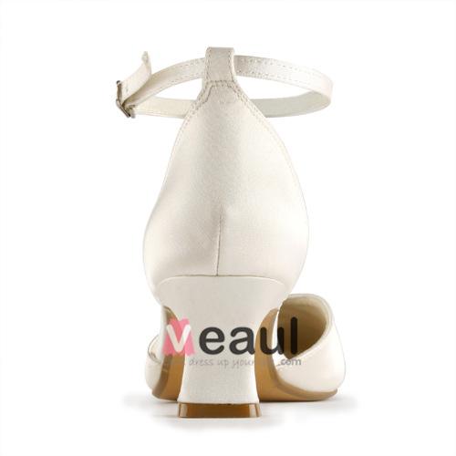 Elegant Pointed Toe Mid Heels Champagne Satin Pumps Bridal Wedding Shoes With Rhinestone