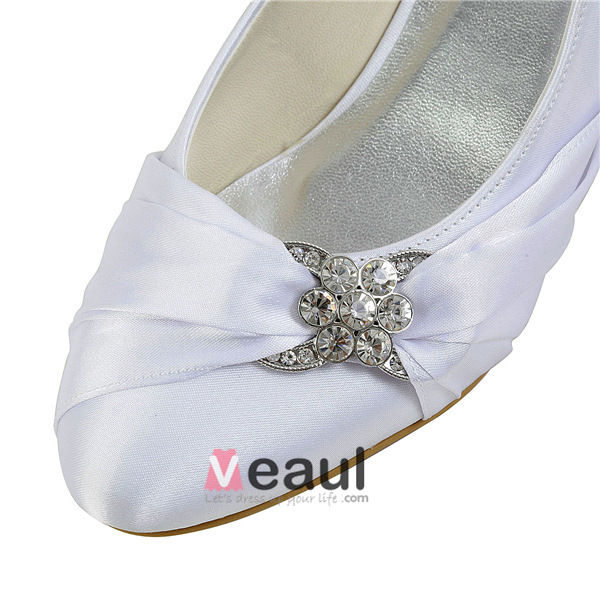 Elegant Pointed Toe Unique Accessories Ruffle White Satin Kitten Heels Wedding Shoes