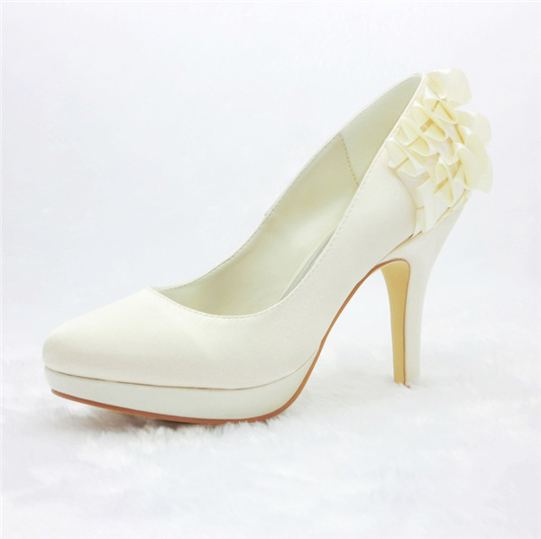 Simple Bridal Shoes Satin Stilettos Pumps With Ruffle