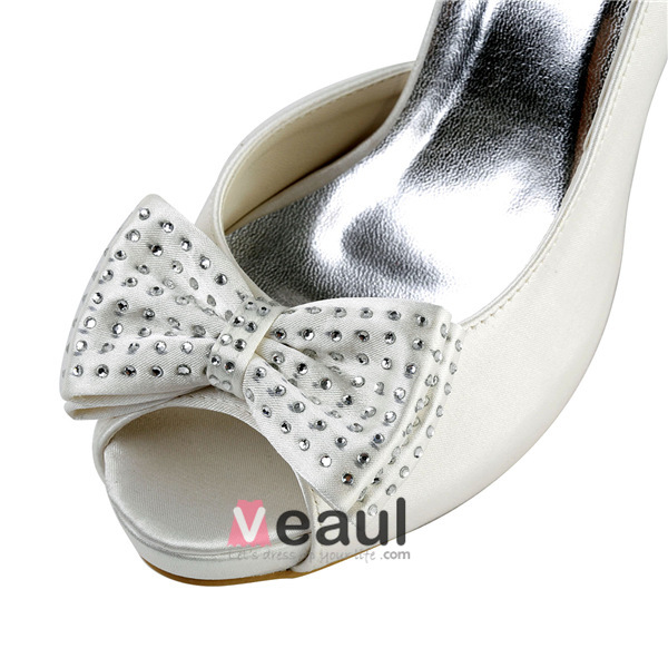Simple Ivory Bridal Shoes Satin Stilettos Sandals With Rhinestone Bow