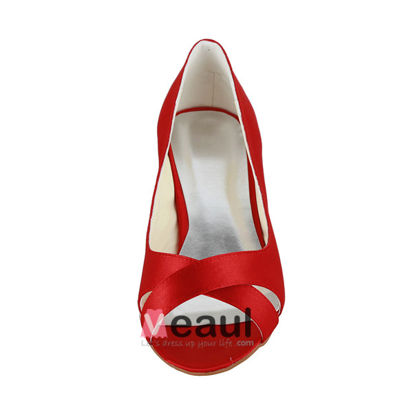 Simple Peep Toe Red Satin Kitten Heels Pumps Bridal Wedding Shoes