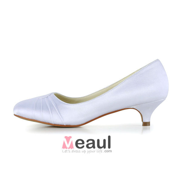 Simple Pointed Toe Ruffle White Satin Kitten Heels Pumps Bridal ...