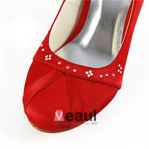 Simple Round Toe Mid Heels Red Satin Pumps Shoes With Rhinestone