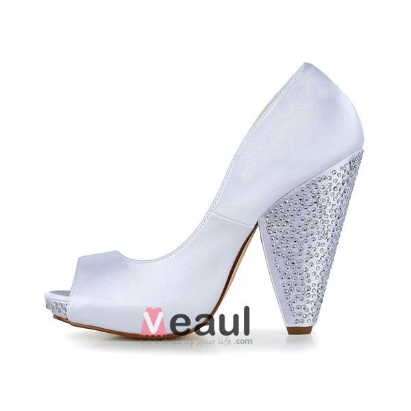 Unique White Bridal Shoes Satin Peep Toe Thick Heels With Rhinestone