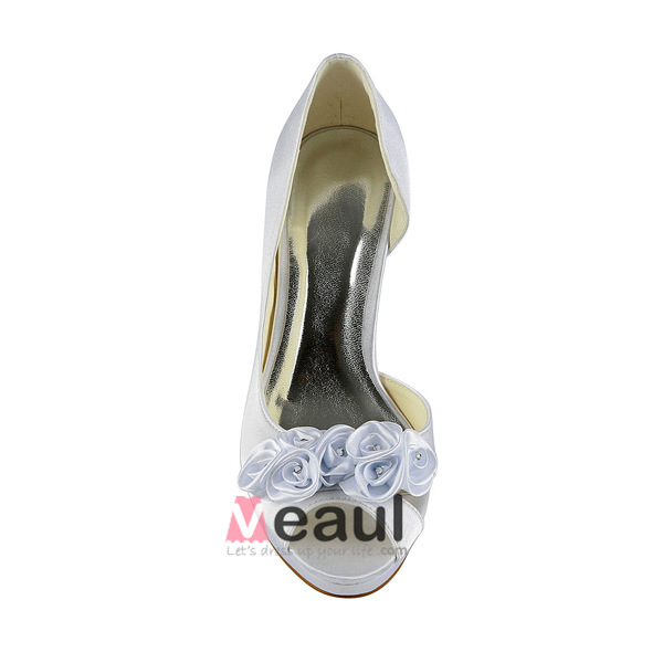 beautiful white bridal shoes satin stilettos open side pumps with flowers