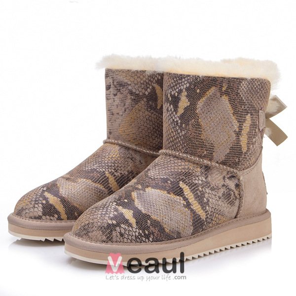 Latest Style Cowhide Mid-calf Women's Winter Snakeskin Pattern Snow Boots