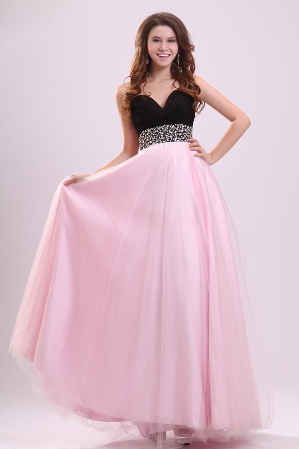 robes l gantes france les plus belle robe de bal. Black Bedroom Furniture Sets. Home Design Ideas