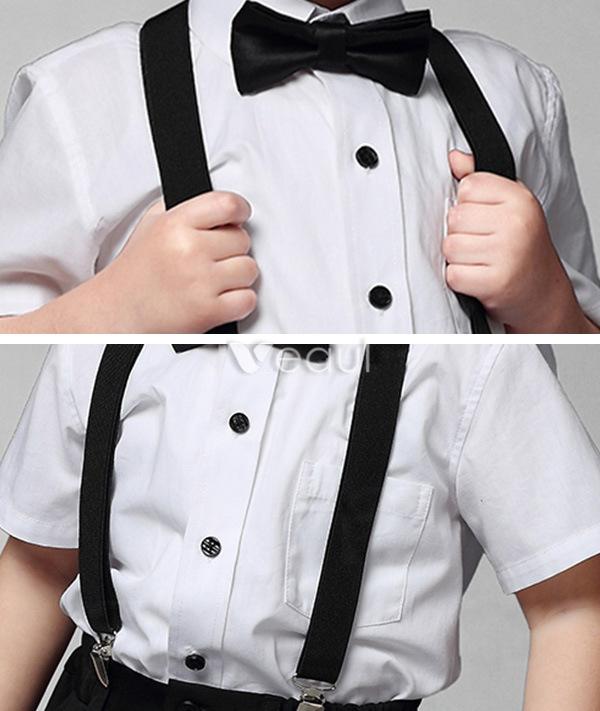 jungen wei es hemd mit schwarzen hosen klagen der kinder 4. Black Bedroom Furniture Sets. Home Design Ideas