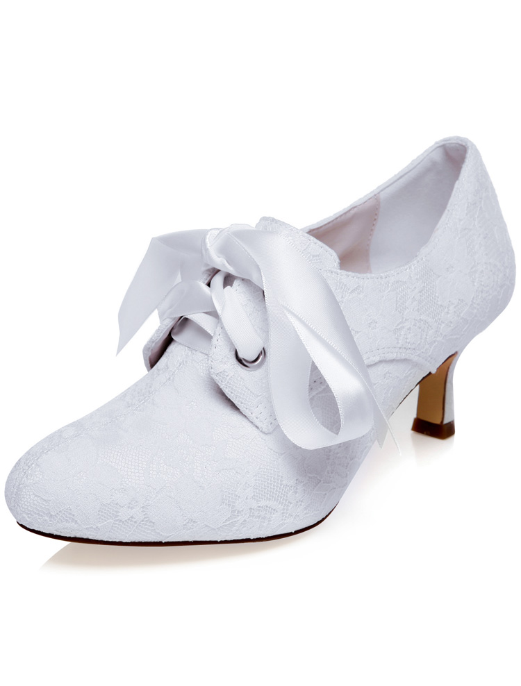 vintage embroidered satin wedding shoes white pumps bridal