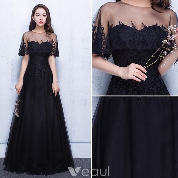 fa57c787759 ... robe de soiree en dentelle. in stock in stock