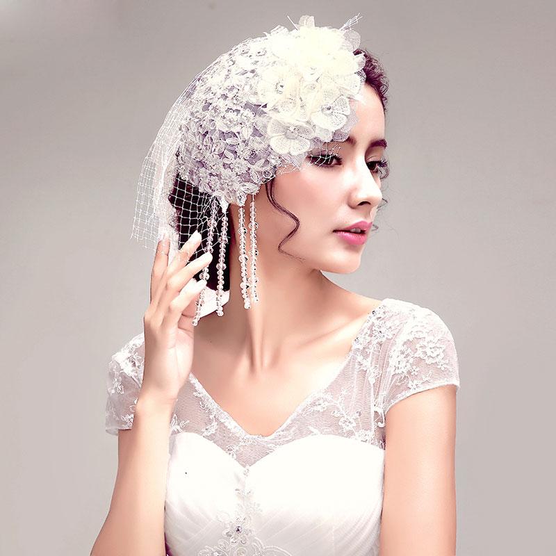bijoux de cheveux strass mariage le serre t te mariage est un bijou l gant. Black Bedroom Furniture Sets. Home Design Ideas