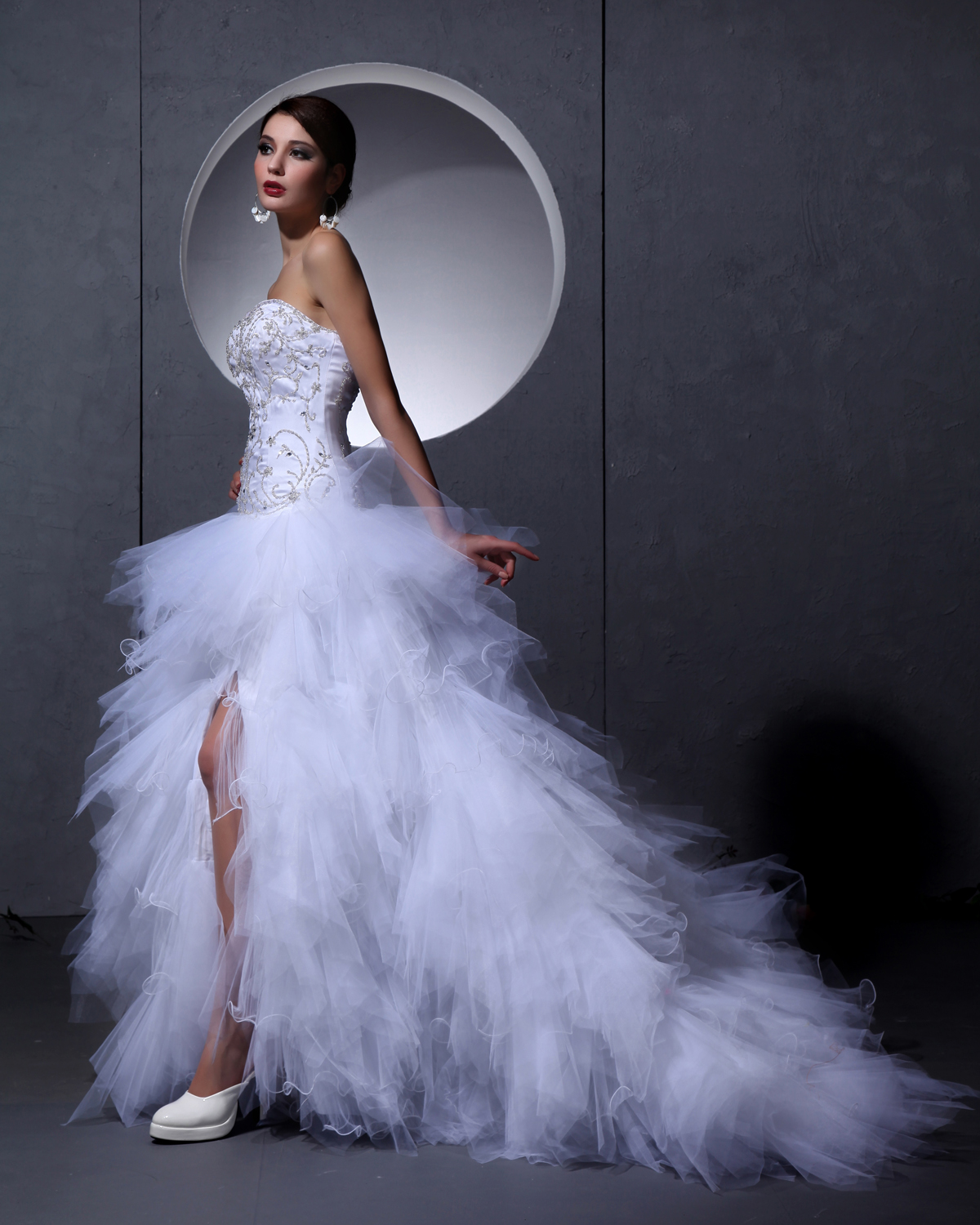 Bien connu de mariee plumes blanches ZN09