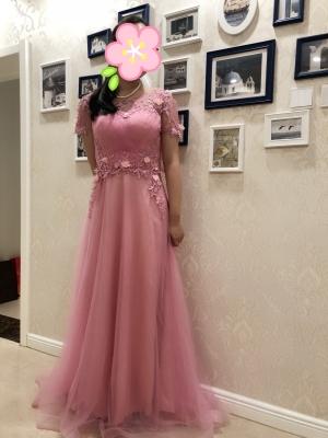beautiful dress fits perfectly