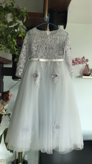 So beautiful, fits great! I'm so excited for my daughter to wear this for the wedding!