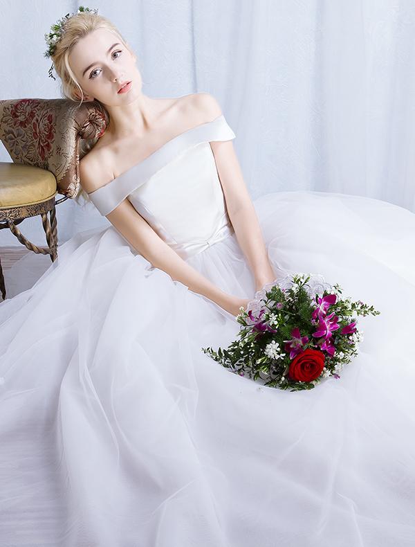 brudekjoler salg pa brudekjoler